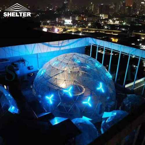 Clear Geo Domes For Rooftop Restaurant & Bar Overlooking the City